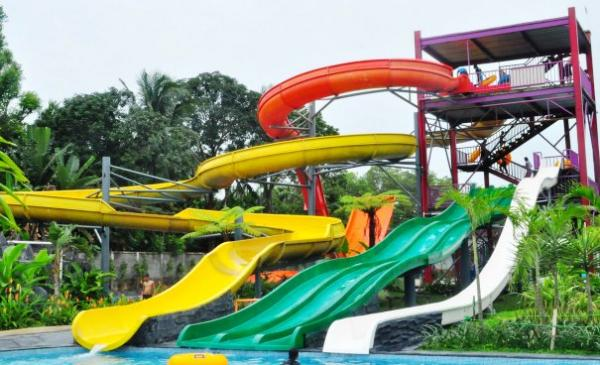 waterboom fiberglass murah