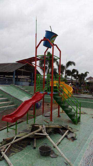 kontraktor waterpark