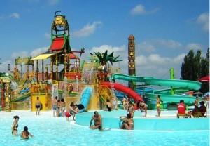 kolam waterpark