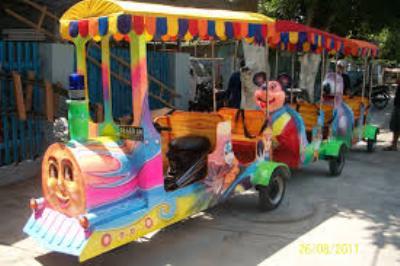 Mainan Kereta Fiberglass untuk Berbagai Tempat Wisata