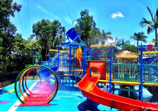 Jasa Pembuatan Wahana Fiberglass Untuk Waterpark & Waterboom